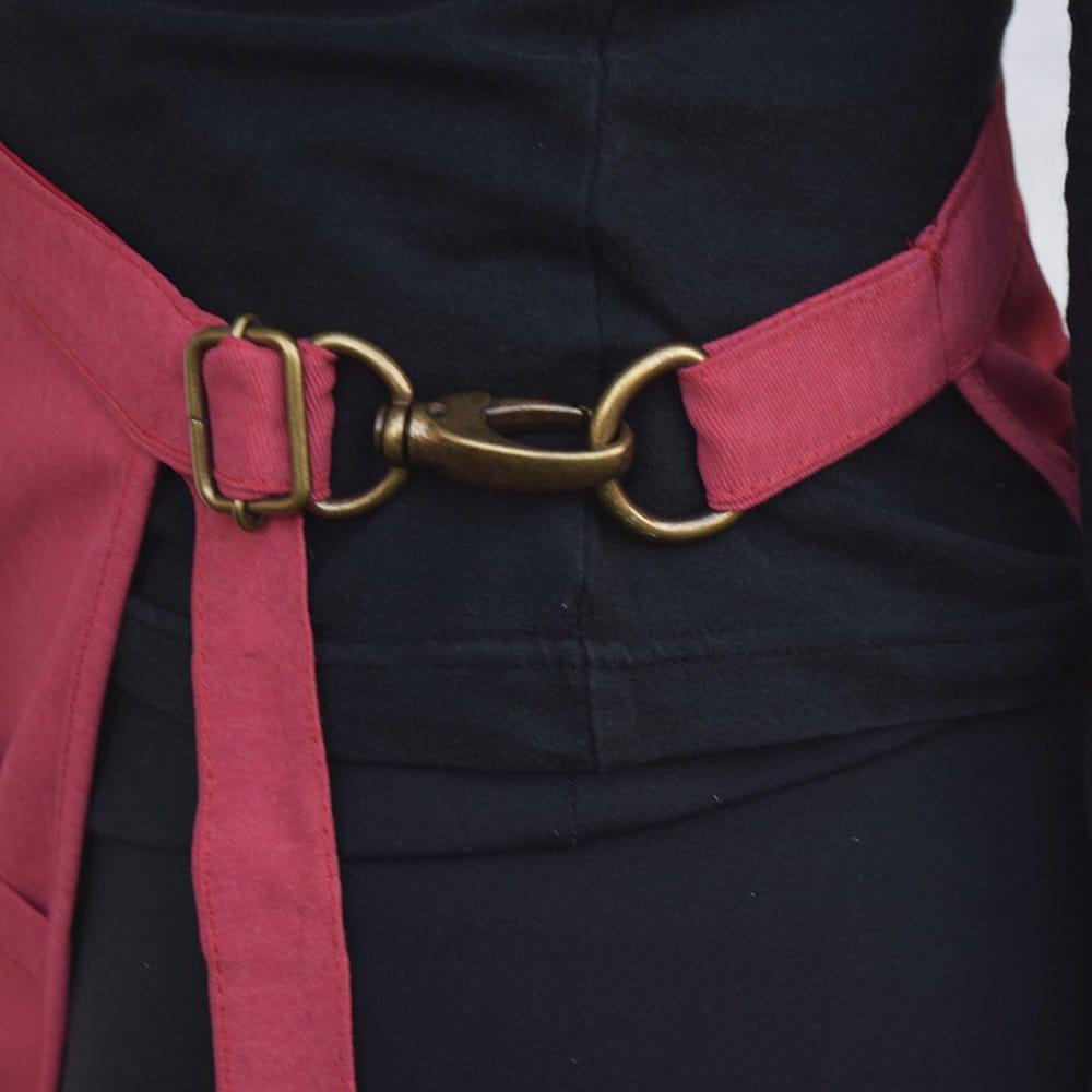 avental-tarsila-aprons-vermelho-2-1000x1000-min