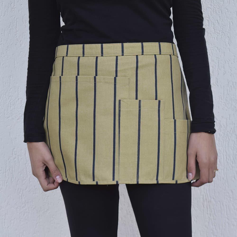 avental-tarsila-listrado-aprons-ocre-1000x1000-min