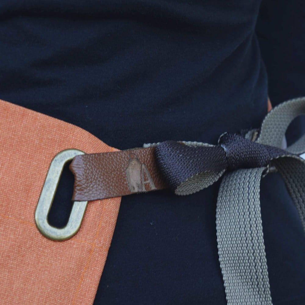 avental-woodie-aprons-laranja-3-1000x1000-min